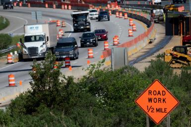Fixing America's roads, bridges and ports is a popular talking point for US lawmakers, but genuine large scale acton on infrastructure in the country is rare
