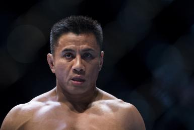 Cung Le of USA