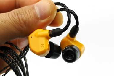 Hands-on with the Campfire Audio Honeydew IEMs
