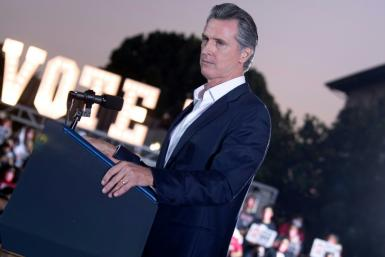 Gavin Newsom needs a simple majority to keep his job, and render the ballot's second part irrelevant