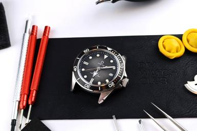 Hands-on with D02 Diver's Watchmaking Kit from DIY Watch Club