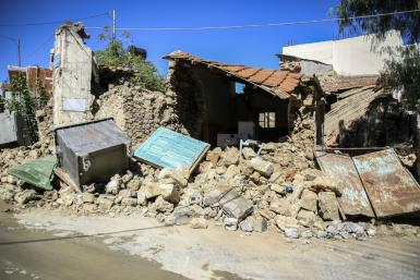 The quake damaged buildings and sent panicked residents rushing into the streets
