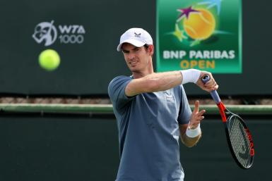Andy Murray trains at Indian Wells