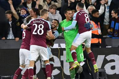 West Ham ended Manchester City's four-run as League Cup winners