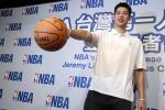 Jeremy Lin Goes To Lunch With Anthony Federico, ESPN Editor Who Wrote 'Chink In Armor'