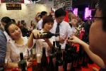 Chinese Investors Want Vineyards With Their Wine