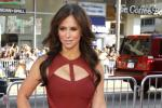 Jennifer Love Hewitt's Breasts Reduced Digitally For Ad