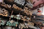 In India, A Showdown Between Steelmakers And States