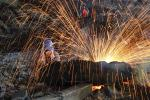 China Manufacturing PMI Falls