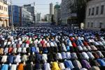 Muslims Around The World Celebrate Eid al-Fitr, The End Of Ramadan