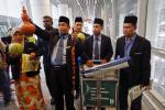 Malaysian Shaman Performs Ritual To Help Find Missing Flight