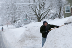 Northeast states including New York and Massachusetts receive blizzard warnings after snow storm is expected to bring 12 to 20 inches of snow.