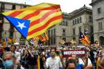 Catalan pro-independence supporters held a protest calling for separatist parties to bury the hatchet