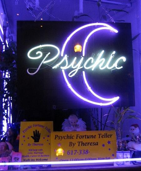 Florida Psychic Clan Admit $25M Scam