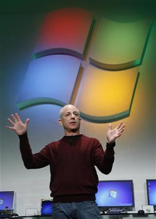 Steven Sinofsky, president of Windows and Windows Live Division at Microsoft, talks at Consumer Electronics Show in Las Vegas