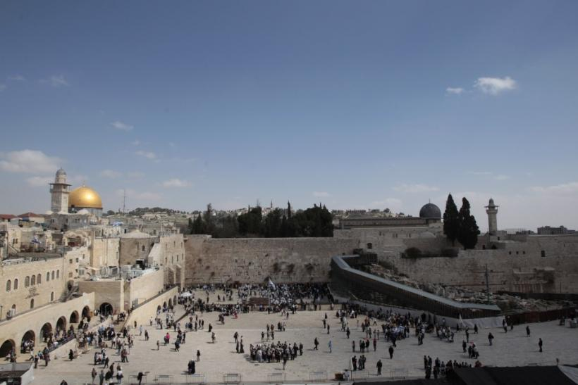 The Dome of the Rock (L), the Western Wall (C) and the Mughrabi Gate (R) entrance to the compound known to Muslims as al-Haram al-Sharif, and to Jews as Temple Mount, are seen in Jerusalem's Old City March 7, 2011.