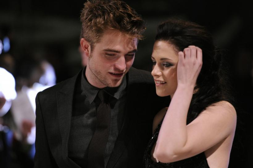 Actors Pattinson and Stew