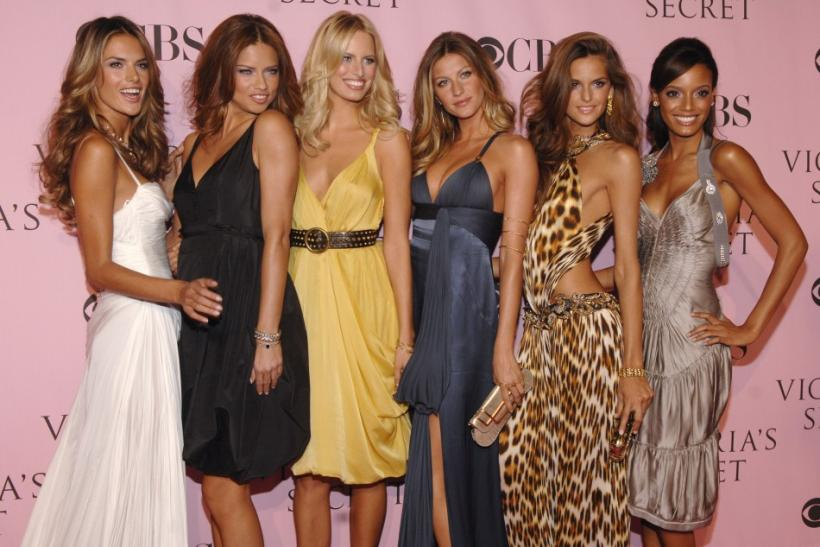 Adriana Lima with Victoria Secret's Angels in 2006