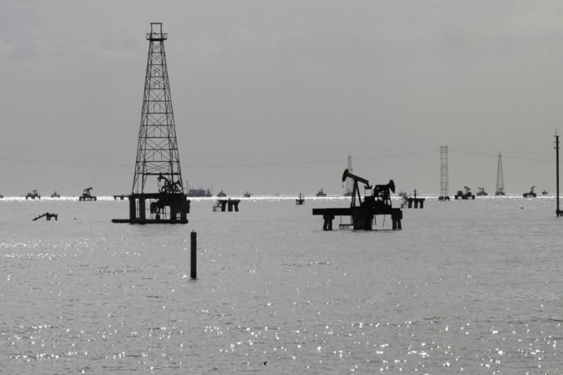 Venezuelan Oil Rigs On Lake Maracaibo In Cabimas, Zulia