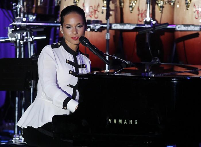Whitney Houston Funueral: Alicia Keys on the Keys