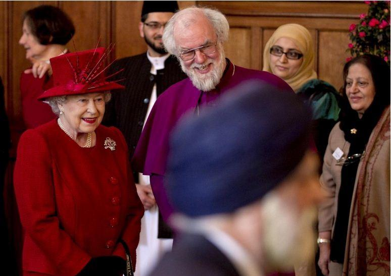 Britain's Queen Elizabeth and the Archbishop of Canterbury Rowan Williams (R) attend a multi-faith reception to mark the Queen's Diamond Jubilee at Lambeth Palace in London February 15, 2012.