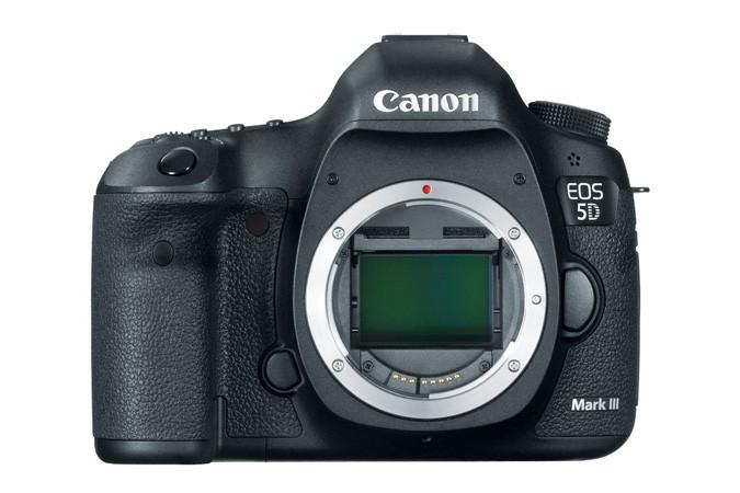 The Canon EOS 5D Mark III DSLR adds a slew of new innovative features to trump its 2008 release of the 5D Mark II.