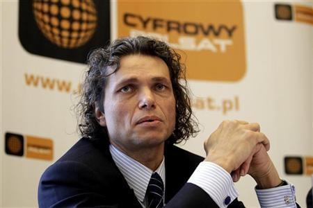Dominik Libicki, CEO of Cyfrowy Polsat, speaks to the media at the news conference following the fourth-quarter results in Warsaw March 18, 2010.