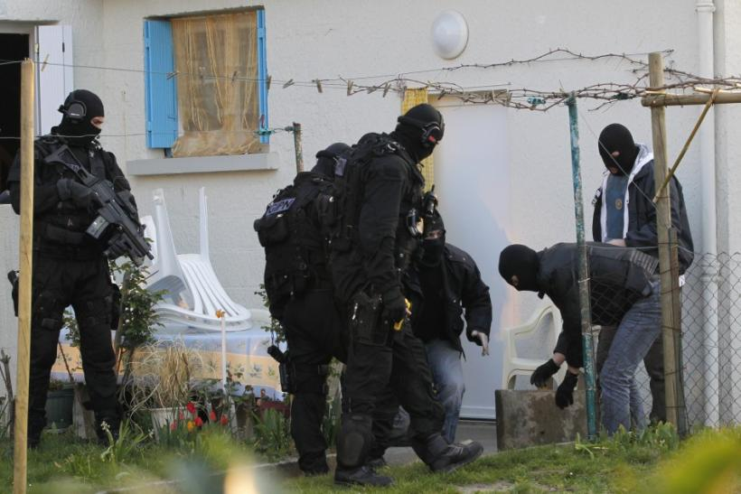 19 Islamist Suspects Arrested in France