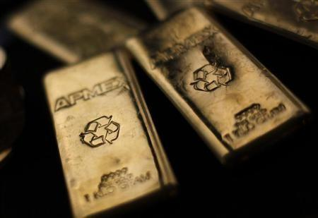 Gold Price Climbs, Miners Follow