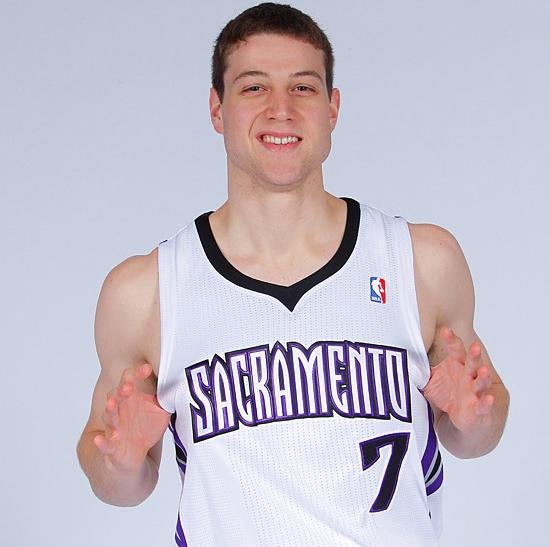 Jimmer Fredette has struggled to establish himself for Sacramento, but there are encouraging signs.