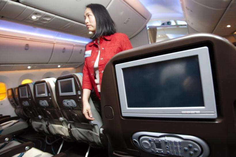 Boeing 787 Dreamliner Aircraft (INSIDE PHOTOS)