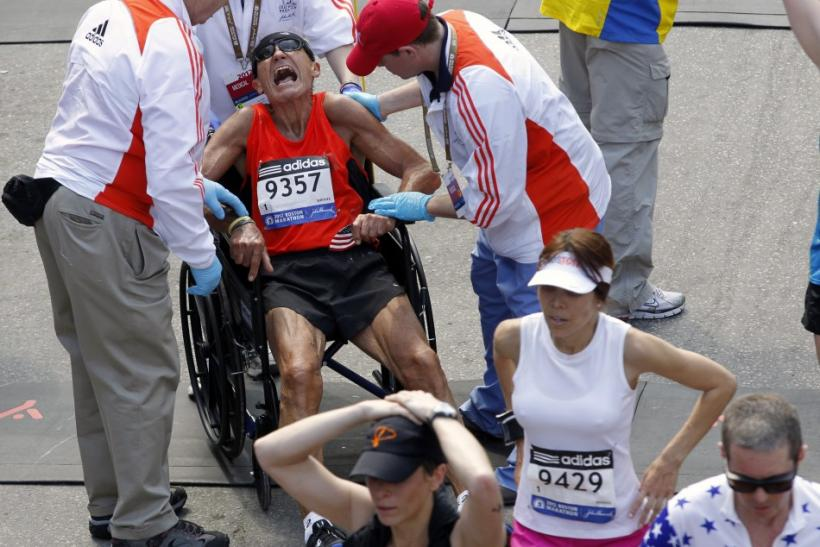 Boston Marathon 2012: Hundreds Hospitalized From Heat [PHOTOS]
