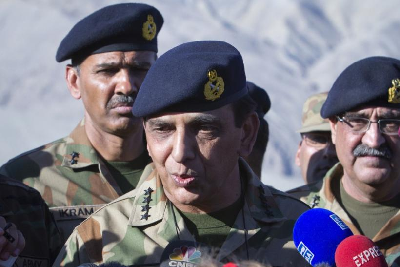 Pakistan's Army Chief General Kayani speaks to the media in Skardu, northen Pakistan after visiting the site of an avalanche in Gayari camp near the Siachen glacier