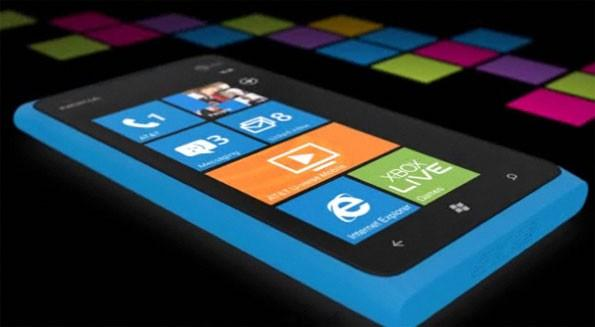 Nokia Lumia 900 Sales Soaring; Top 10 Apps To Download For Your New Windows Phone