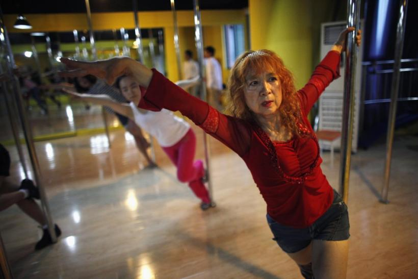 China's oldest pole dancer