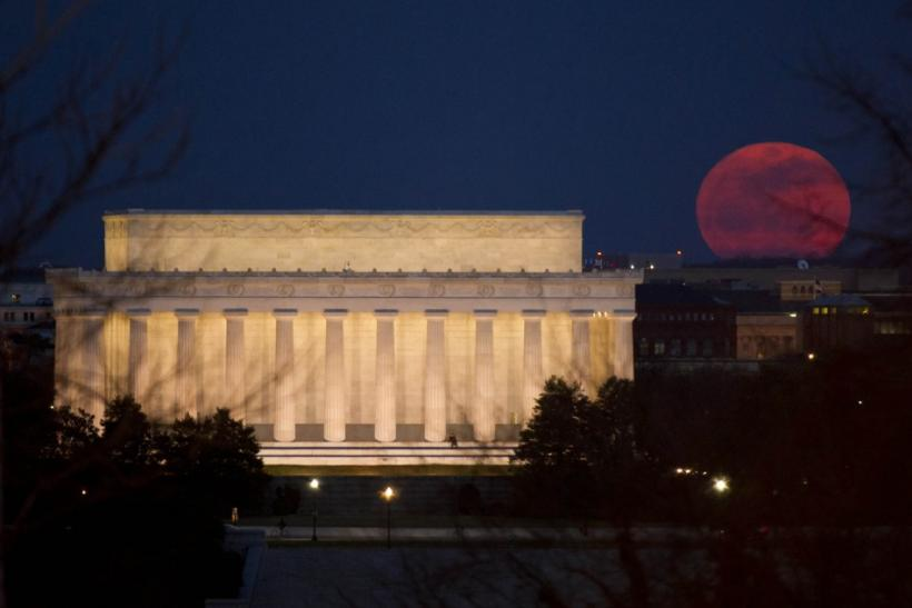 Watch Super Moon 2012 Live Stream Online [VIDEO] [PHOTOS]