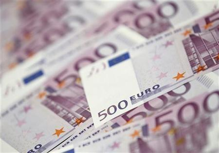 Euro edges higher versus dollar ahead of ECB