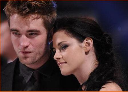 Kristen Stewart & Robert Pattinson's Tumultuous 2012 Relationship In Review