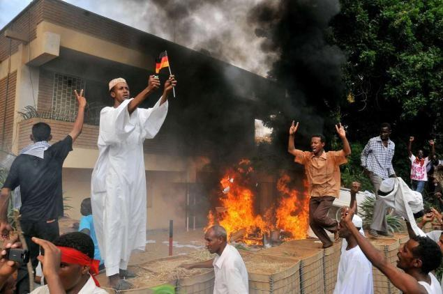 Sudanese protesters storm German embassy