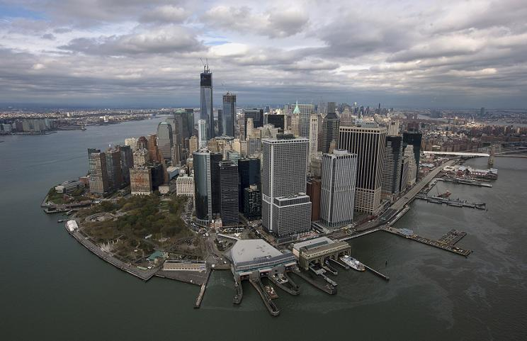Sandy 1 Nov 2012 LMan skyline 2