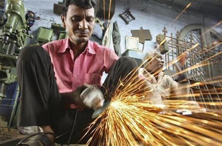 India's Manufacturing PMI Hits 6-Month High