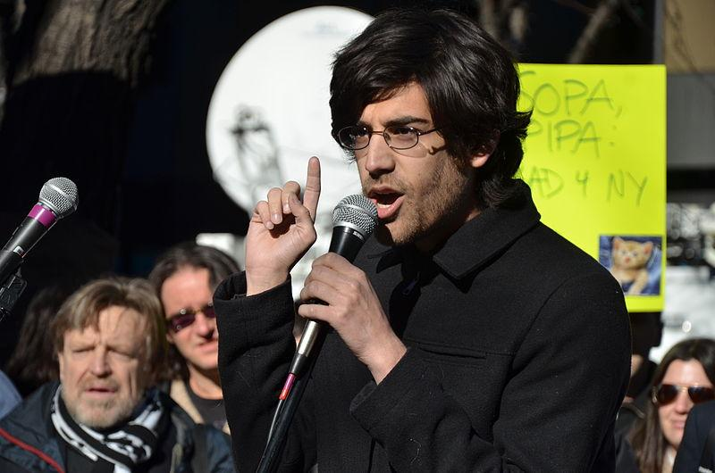 Aaron Swartz speaks against PIPA
