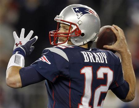 Brady Leads Patriots Past Texans