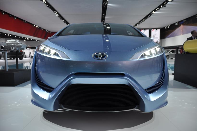 Toyota FCV-R hydrogen fuel cell car