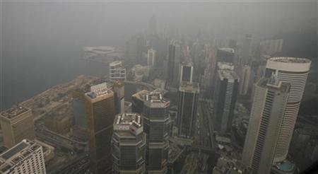 Hong Kong's Air Pollution Threatens Public Health, Local Economy