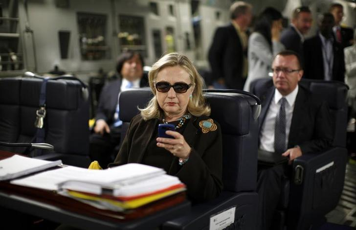 Clinton On Military Plane