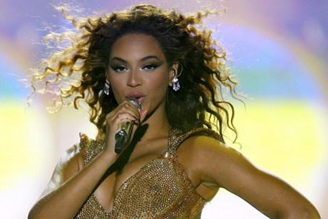 A Look Back At Beyonce's 10 Best Live Performances