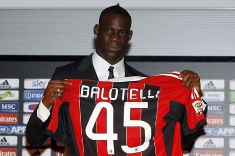 Another Berlusconi Whopper: Balotelli Is 'Our Family's Little Negro' [VIDEO]