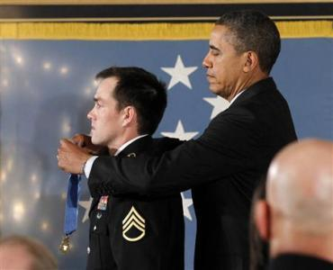 Afghan War Hero Clinton Romesha Gets Medal Of Honor