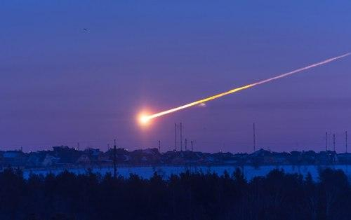 Meteor streaking across the sky in Russia. Courtesy of Tumblr
